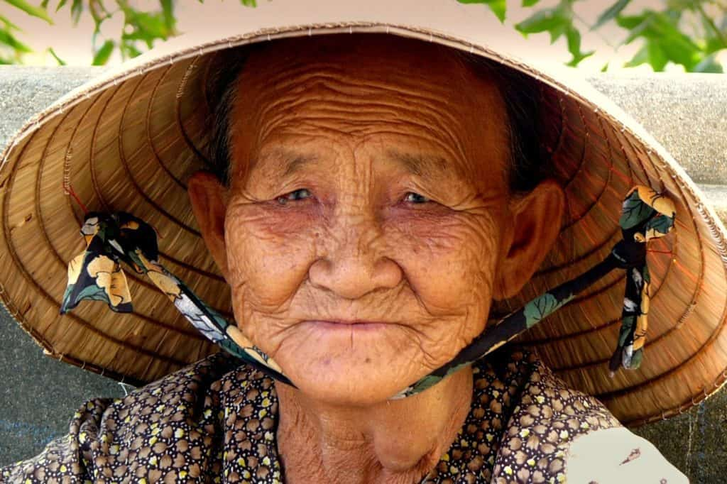 Picture Of Vietnamese Woman